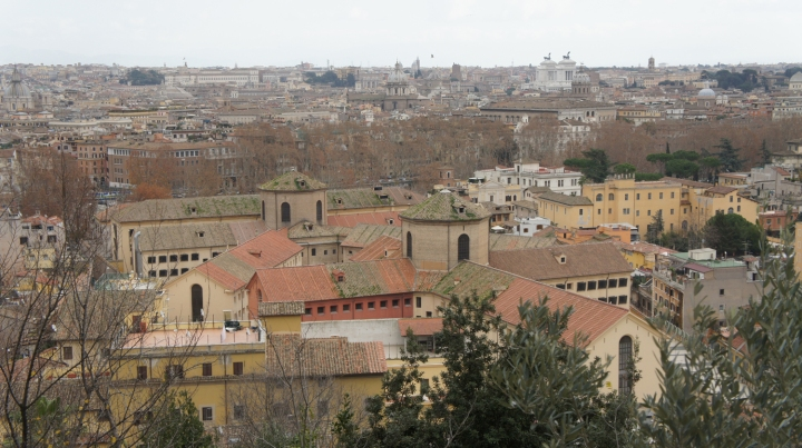 Memandang Kota Roma dari BukitGianicolo
