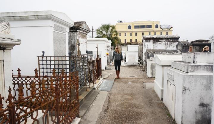 Mengunjungi makam Nicolas Cage di NewOrleans