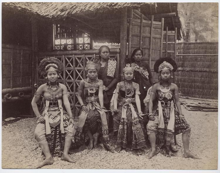 Africans Human Zoo 1B