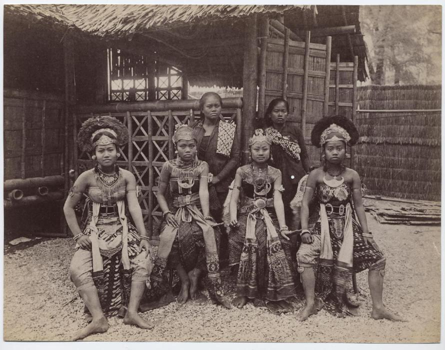 Africans Human Zoo 1B