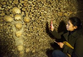 Mengunjungi Catacombs: Kuburan massal 6 juta manusia dibawah kotaParis