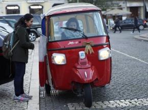Keliling Lisbon bareng sopir Tuk-Tukcantik