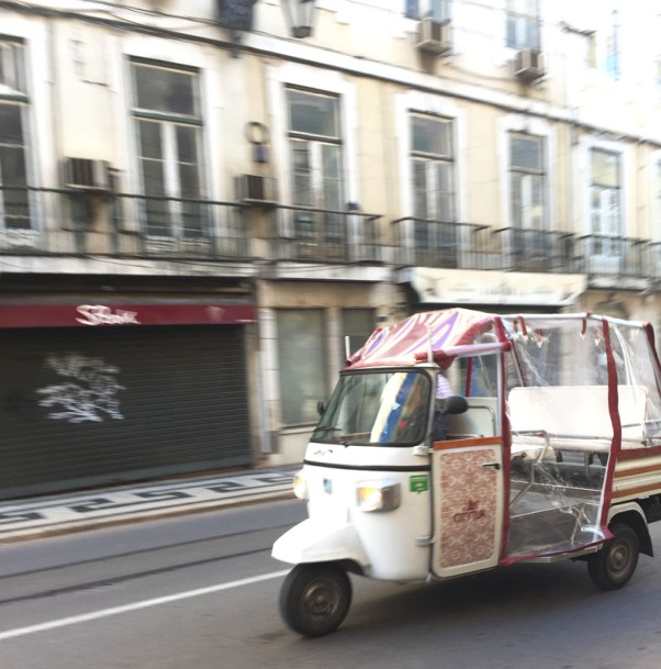 tuktuk8